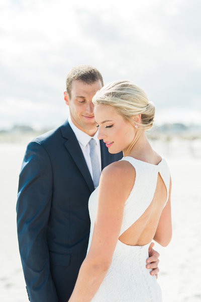 A Coastal Wedding with Classic Touches at the Reeds at Shelter Haven 0777