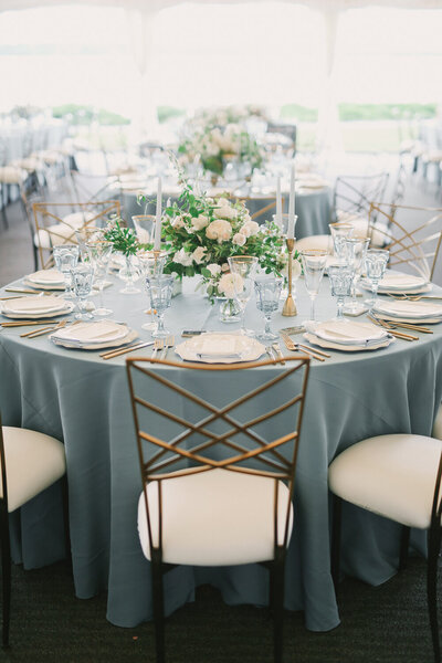Kirkland-washington-wedding-planner-leigh-and-mitchell-waterfront-wedding-white-and-green-wedding-reception-decor