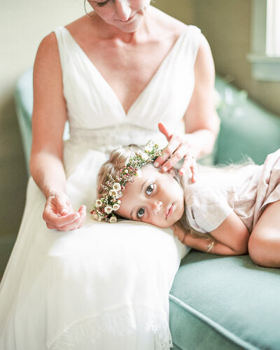 mother-daughter-wedding-day-elegant-flower-girl