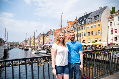 Couples photoshoot by Nyhavn