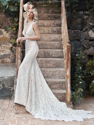 Sexy Boho Lace Wedding Dress Favorite Your florist called—they've got 200 bold new ideas to match the petal-shaped hemline in this sexy boho lace wedding dress.