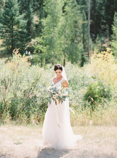 Montana Bride and Bouquet at 320 Ranch Wedding