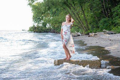 Lake senior pictures in the summer by Sharon Holy