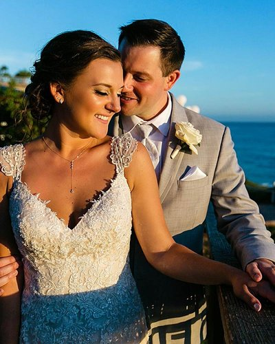 bride groom sunset portrait laguna beach hotel seven4one