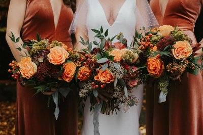 Bridal florals by Seattle Wedding Photographer Sarah Anne Photo