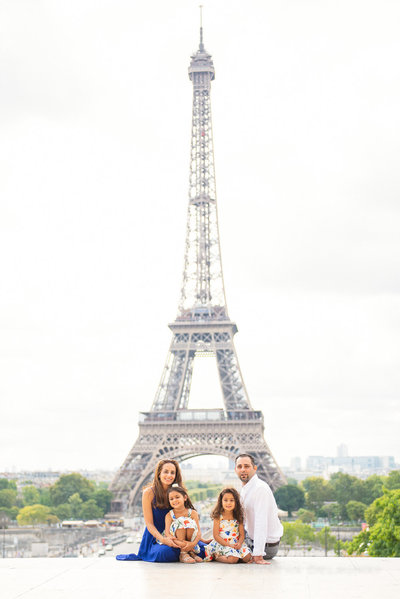 Family Paris photoshoot by the Eiffel Tower in July 2019.