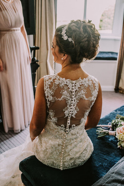 stunning hair do on wedding day