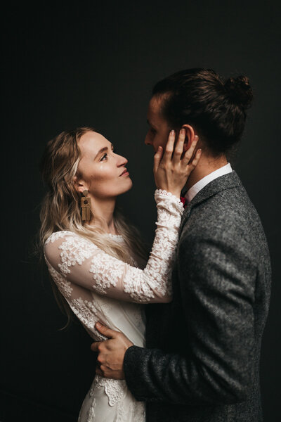 athena-and-camron-embracing-connection-masterclass-posing-couples-wedding-photography-morgan-jason-92