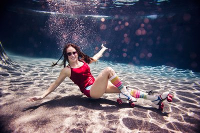 RENEE STENGEL Photography | Charlotte Portrait and Underwater Photographer |  Underwater Derby Girl