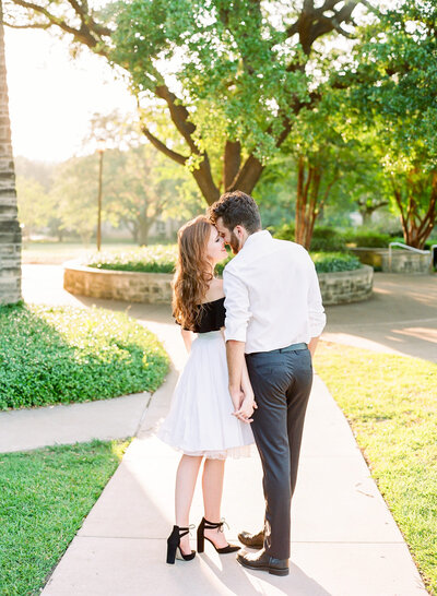 rose-ben-engagement-session-austin-texas-4-1500x2048