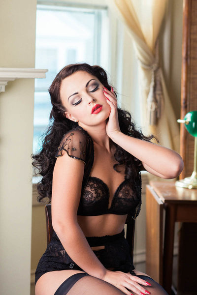 Ms A wears a retro lacy black lingerie outfit with stockings and heels, Boudoir Photography, Charleston, SC