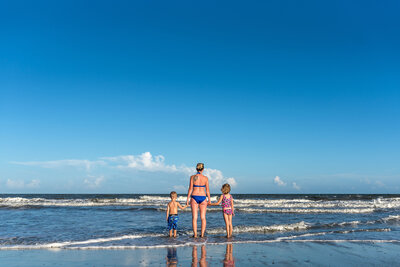 family-beach-charleston-wedding-photographer