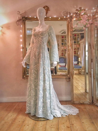 Queen-Anne's-Lace-embroidered-green-silk-wedding-dress-JoanneFlemingDesign-5