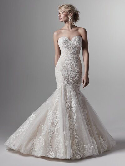 Tulle Mermaid-Style Wedding Dress Favorite Fit to form and flared to perfection, this lace and tulle mermaid-style wedding dress steps out for a soft yet sophisticated statement.