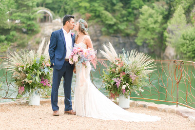 hawaii-wedding-destination-photos-claire-and-diego-featured61