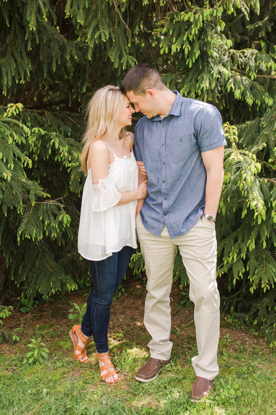 downtown-akron-couples-session-allison-ewing-photography-031-1
