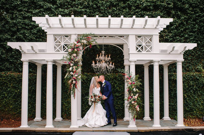 The William Aiken House Wedding Photography | Wedding Venues in Charleston for Luxury Weddings by Pasha Belman-12