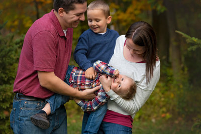 Family-Pictures-Photographer-Hartford-Wisconsin