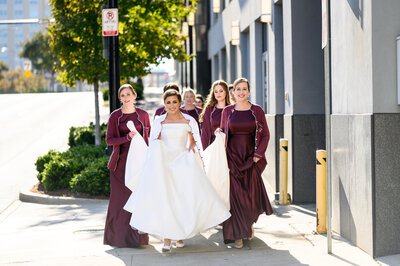 bride-with-bridesmaids-charlotte