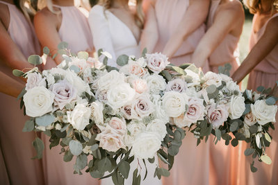 Dusty rose wedding lush bridal bouquet and wedding flowers