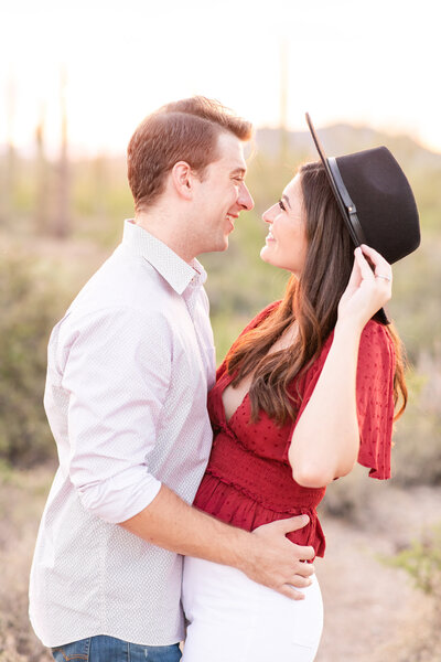 Arizona-Inn-outdoor-wedding-portrait-Christy-Hunter-Photography-_0001