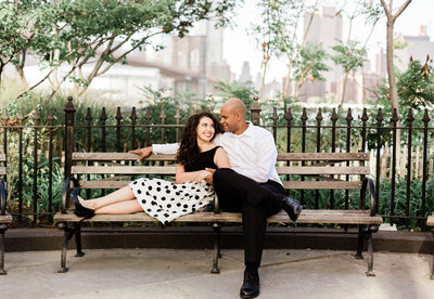 dumbo brooklyn heights new york engagement photos