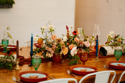 boho wedding table decor set up in Bloomington