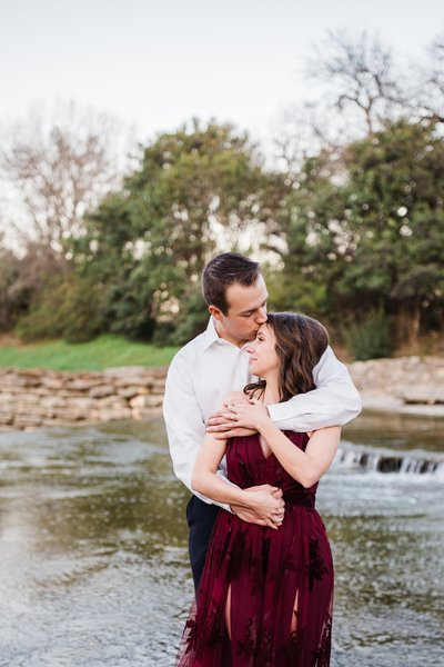 airfield-falls-engagement-session_0192