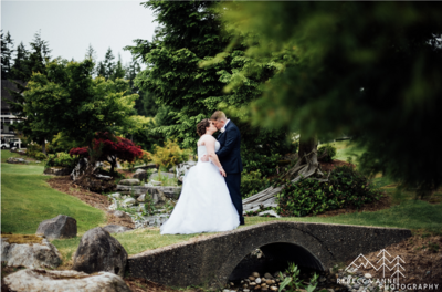 McCormic Woods Golf Club is a wedding venue in the Seattle area, Washington area photographed by Seattle Wedding Photographer, Rebecca Anne Photography.