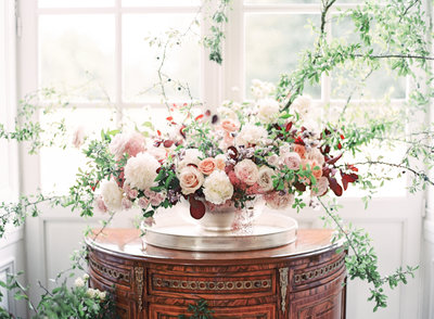 Large scale  wedding floral tablescape Photographed by Amy Mulder Photography