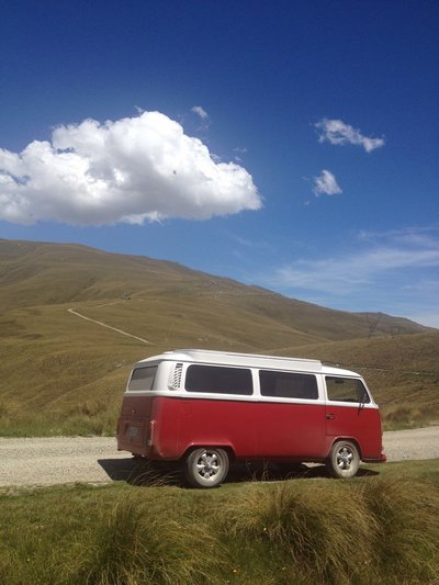 Scenery-gallery-red-kombi-aggiee-danseys-pass-road