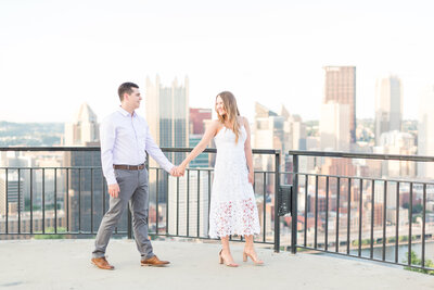 Mount-washington-emerald-view-park-pittsburgh-engagement-1