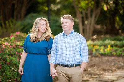 Spring engagement pictures at the Botanical Garden