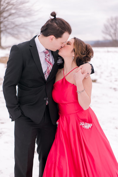 romantic snowy engagement pictures in hudson valley, new york