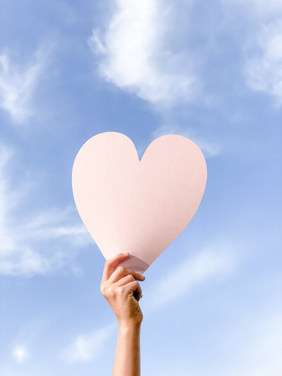 social-squares-love-fest-valentines-day-pink-red-styled-stock-photography047