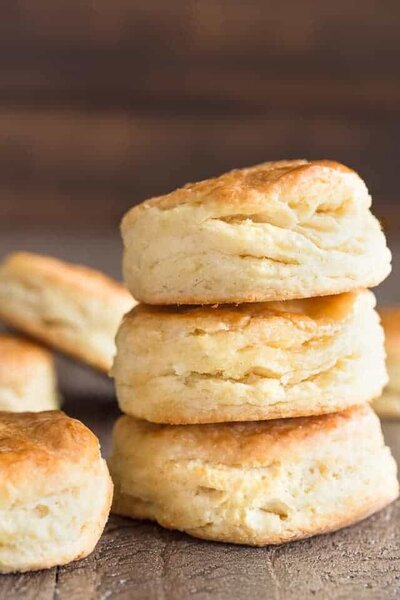 Honey-Cream-Cheese-Biscuits_640-4