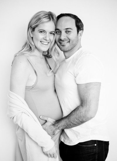maternity photos at home in nyc