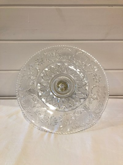 crystal cake stand