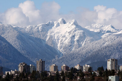 canyon-north_wedgewood-ventures-north-vancouver-skyline
