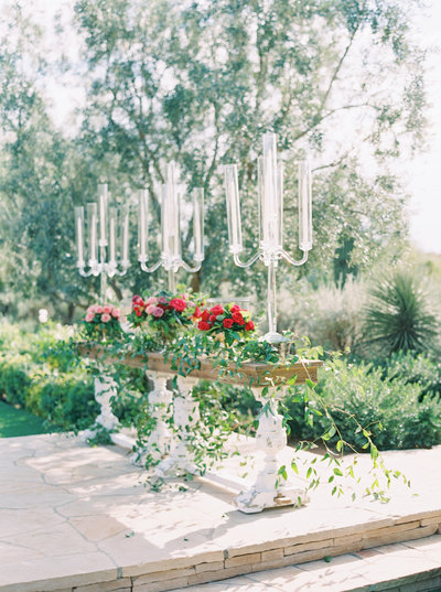 El chorro lodge El chorro wedding Lincoln road Paradise valley wedding Scottsdale wedding Flower studio Glamour and wood Celebrations in paper Melissa jill Stephanie fay photography Ruze cake house La tavola linens film photography