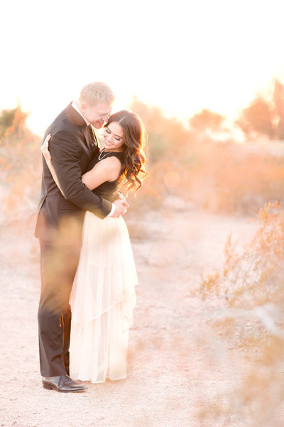 Golden Sunset Desert Portrait Session Scottsdale, Arizona | Amy & Jordan Photography