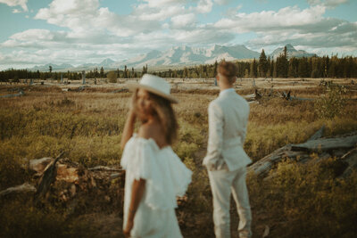 montana-elopement-photographer-polebridge-daughters-of-simone-dawnphoto-27