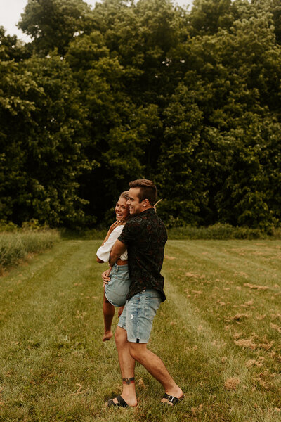Adventurous-Michigan-Couples-Session-Aislinn-Malayter-Photography-9