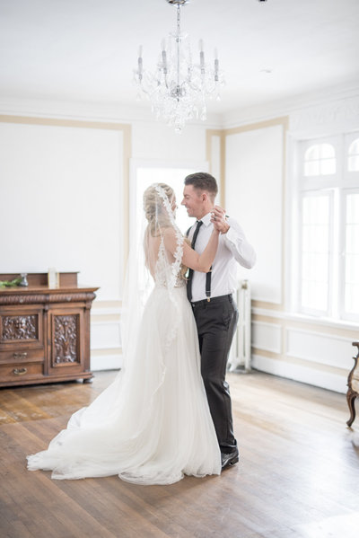 bride-groom-dancing-Indianapolis-wedding-photographer-heather-sherrill