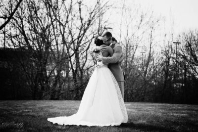 JessicaTinkleSite_Wedding-Mix016-768x512
