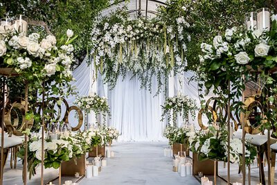 WhiteWeddingFlowers-COCObyCoversCouture-TorontoWeddingFlowers-Fable.jpg19