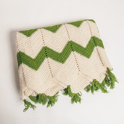 green-and-ivory-knit-blanket-01
