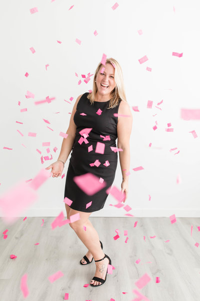 Jessica Brees is an educator for female entrepreneurs and a wedding photographer