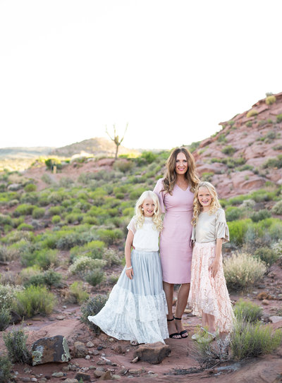 Life Chapters Photography Utah Photographer mom with girls