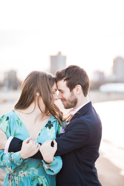 Chicago engagement session on the lake